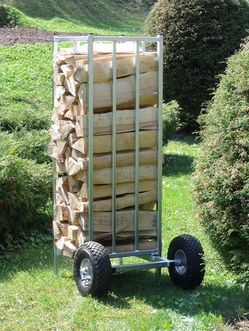 přeprava palivového dřeva